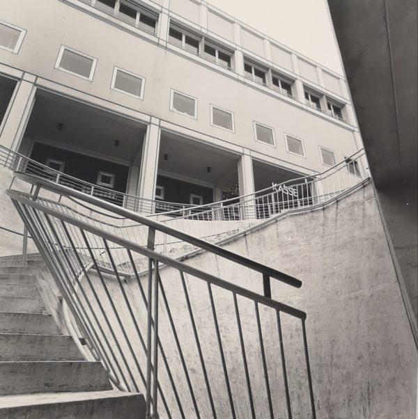 Stairs, sw Fotografie auf PE Papier