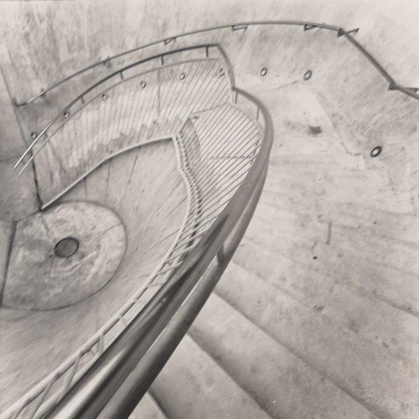 Downstairs, Sw Fotografie, Original auf PE Papier