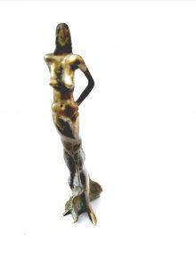 Gyunay Aliev, Plastik, Model mit Kleid